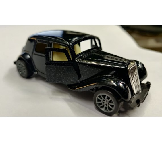 PP INFINITY Mini Classic Metal Vintage Car For kids, Die-Cast  Show Pic Metal Pull Back Car For Kids , (Multicolor)